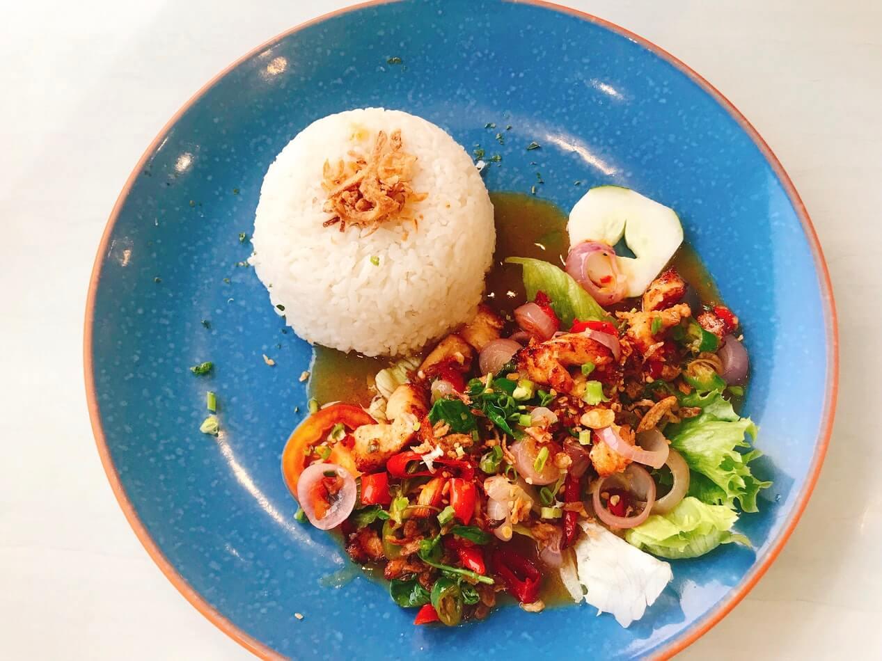 Rijstkoker voor het koken van rijst